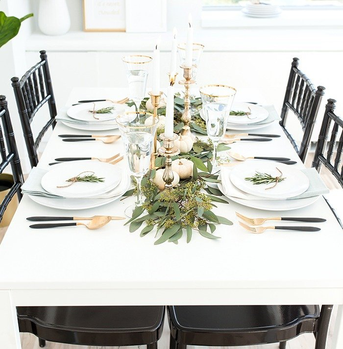 Top 10 Christmas Table Decorations Blogs By Women