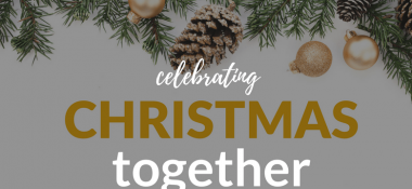 Holiday Blogger Showcase + Giveaway